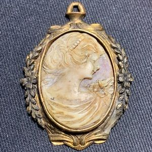 Jewelry - Antique Cameo pendant Incredible in person!